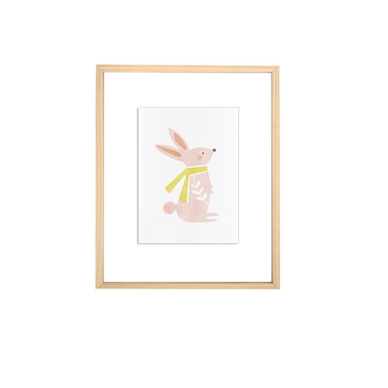 可爱的粉色小兔子,戴着小围巾,看上去活泼又有趣,适合喜欢小动物的小