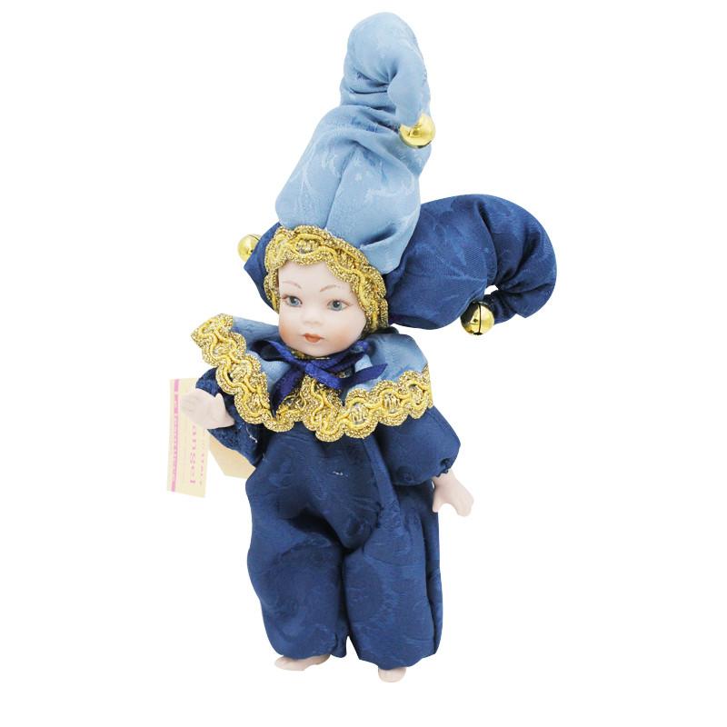 看过《冲上云霄》的小红薯应该都对Triangel有印象,被称为缘分天使的它让很多向往爱情的小薯念念不忘。据说这个娃娃有魔性,在意大利,女孩们纷纷把Triangel放在自己房间,相信它日日夜夜的守护,心爱的男人就会永远陪伴左右。纯手工制作的Triangel娃娃身着华服头戴尖尖帽,极具意大利风情,拿在手里才知道那么有质感,小小一个还挺沉的,蓝色代表深邃的爱情,一生一世执手与共。把它带在身边,小薯真的找到缘分里的那个人!已经有那个他的小薯,也可以把它摆在家里守护两个人的爱情哦~