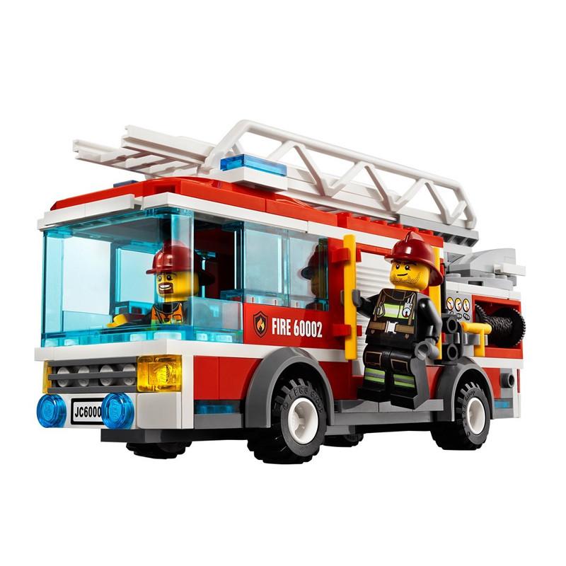 lego乐高 大型消防车 209粒装