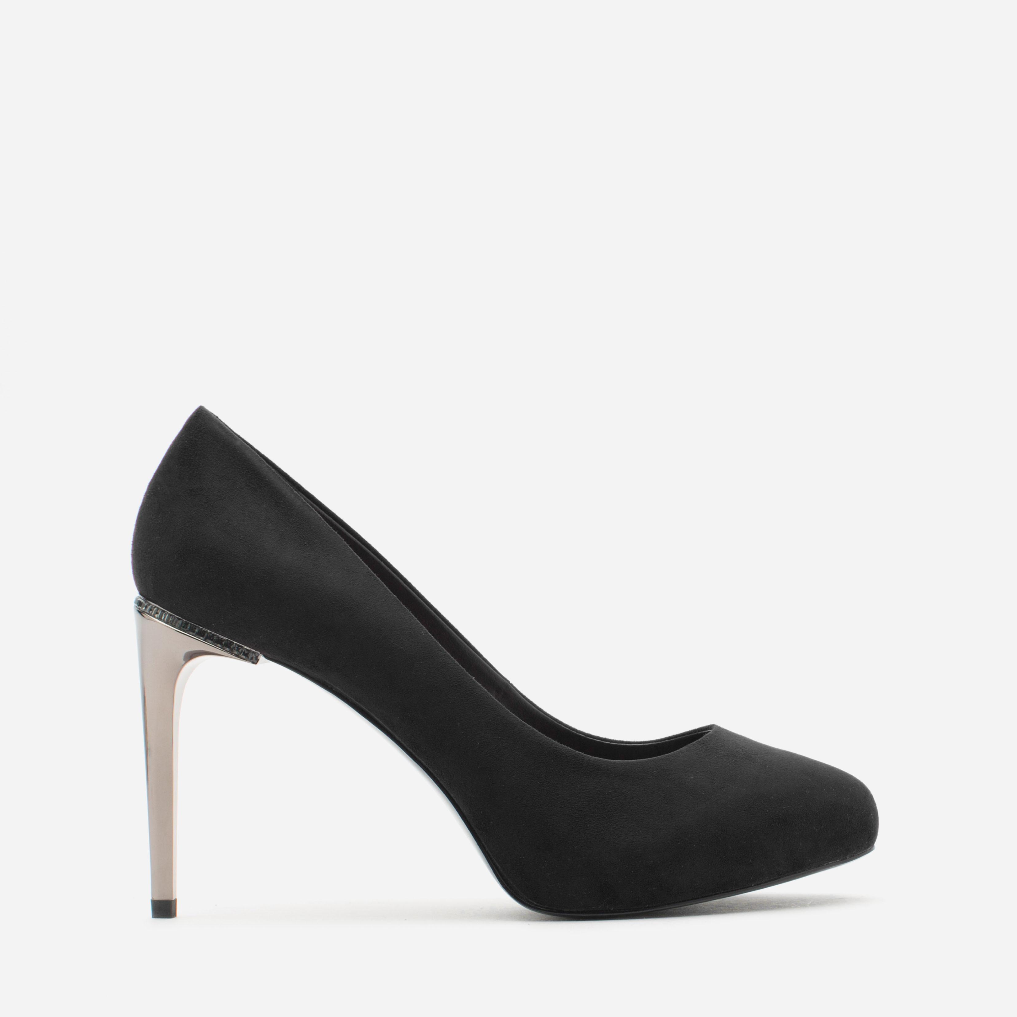 charles & keith 绒面革细跟高跟鞋 黑色 37