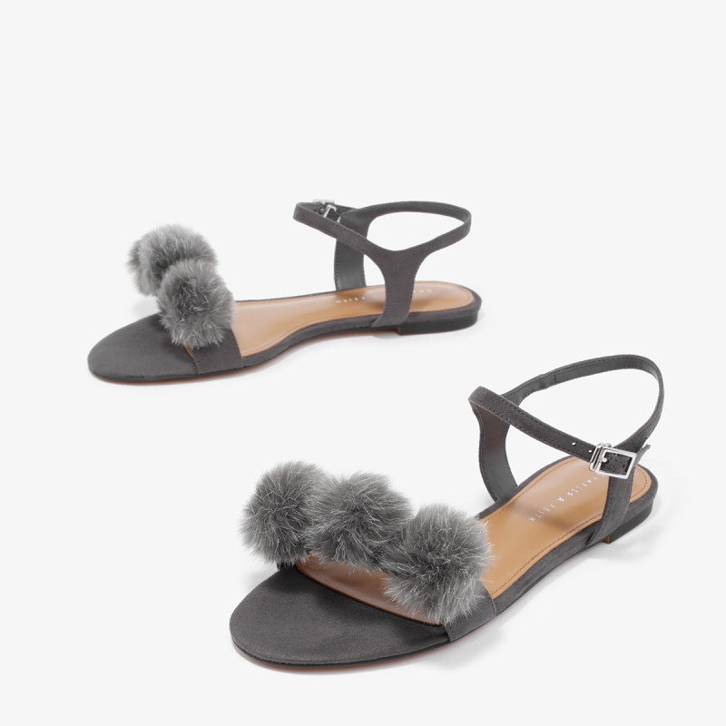俏皮绒球时尚百搭 · 一字扣毛球装饰时尚凉鞋 CK1-70920033 黑色 38